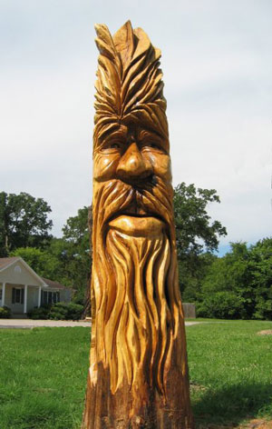 Stump Carving by local Craftsman, Lundy Cupp